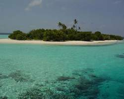 Alimatha Aquatic Resort Vaavu Atoll Maldives